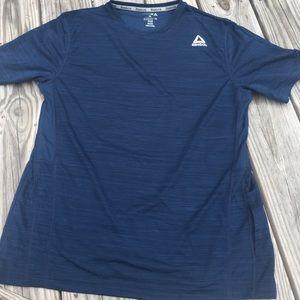 Mens Reebok brand athletic material T shirt